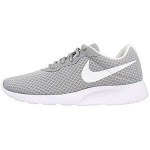 Nike WMNS Tanjun 812655-010 - Sneakersy damskie